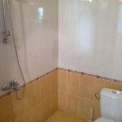 Отель Guest House Chinara ванная фото 2