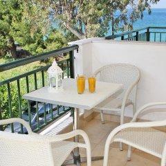 Отель Miramare Hotel Греция, Ситония - отзывы, цены и фото номеров - забронировать отель Miramare Hotel онлайн балкон