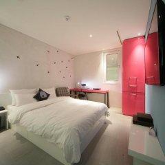 Hotel The Designers Samseong 3* Номер Делюкс с двуспальной кроватью фото 2
