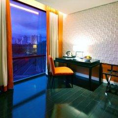 Отель The Bayleaf Intramuros 3* Номер Премьер с двуспальной кроватью фото 3