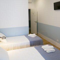 Отель Lisbon Check-In Guesthouse 3* Стандартный номер с различными типами кроватей фото 4