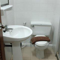 Отель The Aiyapura Bangkok ванная
