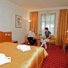 Hotel Cristal Palace 4* Стандартный номер с двуспальной кроватью фото 4