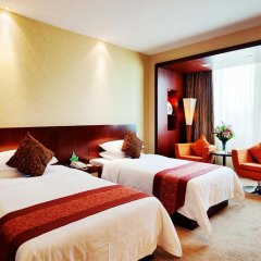 Landmark International Hotel Science City 4* Улучшенный номер с 2 отдельными кроватями фото 4