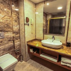 Plaza Hotel Diyarbakir Турция, Диярбакыр - отзывы, цены и фото номеров - забронировать отель Plaza Hotel Diyarbakir онлайн ванная