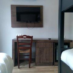 Отель Cheers Lighthouse 3* Кровать в общем номере с двухъярусной кроватью фото 15