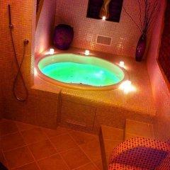 Hotel Sunflower бассейн