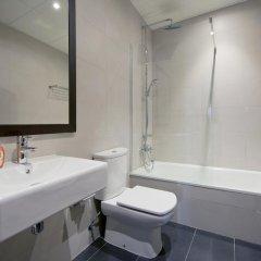 Отель Hostal Bcn Ramblas Стандартный номер с 2 отдельными кроватями фото 8