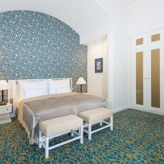 Отель Savoy 5* Улучшенный номер с двуспальной кроватью