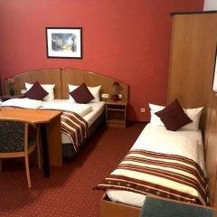 Отель Condor Германия, Гамбург - отзывы, цены и фото номеров - забронировать отель Condor онлайн комната для гостей фото 4