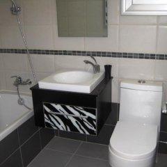 Отель Polyxenia Isaak Pelagos Villa ванная фото 2