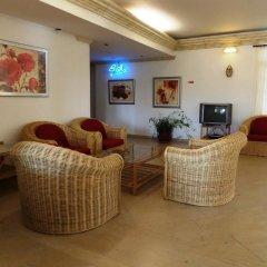 Отель Mirachoro III Apartamentos Rocha Португалия, Портимао - отзывы, цены и фото номеров - забронировать отель Mirachoro III Apartamentos Rocha онлайн интерьер отеля