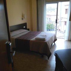 Отель Hostal Sant Sadurní Стандартный номер с двуспальной кроватью фото 11