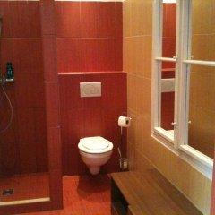 Апартаменты Caterina Private Rooms and Apartments Стандартный семейный номер с двуспальной кроватью фото 8