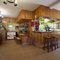 Отель Taberna de Tresviso гостиничный бар