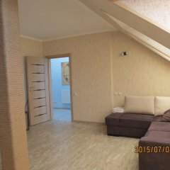 Апартаменты в Янтарном комната для гостей фото 3