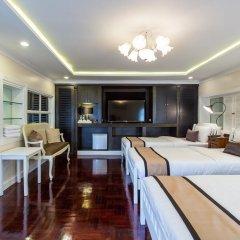 Отель The Ritz Aree 3* Стандартный семейный номер с двуспальной кроватью фото 7