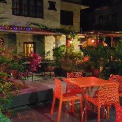 Отель Middle Path Непал, Покхара - отзывы, цены и фото номеров - забронировать отель Middle Path онлайн