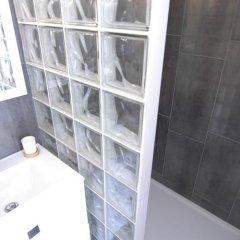 Отель Le Sainte Hélène Франция, Лион - отзывы, цены и фото номеров - забронировать отель Le Sainte Hélène онлайн ванная