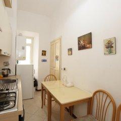 Nika Hostel Кровать в общем номере с двухъярусной кроватью фото 8