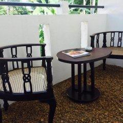 Отель Holiday Nest Bed and Breakfast балкон