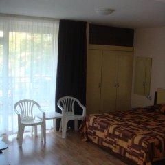Отель Guesthouse Tanya Болгария, Свети Влас - отзывы, цены и фото номеров - забронировать отель Guesthouse Tanya онлайн комната для гостей