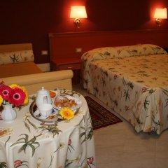 Hotel d'Orleans 3* Стандартный номер с разными типами кроватей фото 11