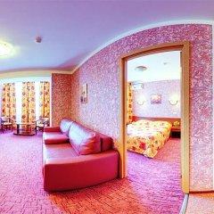 Гостиница «Август» 3* Апартаменты с разными типами кроватей фото 9