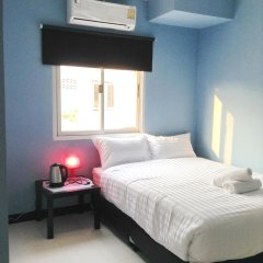 Отель The Mix Bangkok - Phrom Phong 3* Стандартный номер с различными типами кроватей фото 5