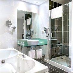 Hotel Leonardo Prague 4* Семейный люкс с двуспальной кроватью
