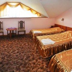Гостиница Пансионат Золотая линия 3* Стандартный семейный номер с двуспальной кроватью фото 4