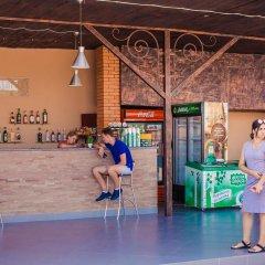 Hotel Illara Свалява гостиничный бар