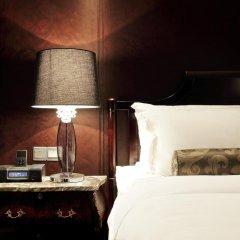 Отель Muse Bangkok Langsuan - Mgallery Collection 5* Номер Делюкс