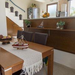 Отель Chara Elizabeth No 2 Villa Кипр, Протарас - отзывы, цены и фото номеров - забронировать отель Chara Elizabeth No 2 Villa онлайн интерьер отеля