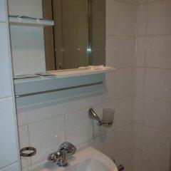 Гостиница 4 Peaks Guest House Стандартный номер с двуспальной кроватью фото 8