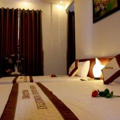 Отель Green Grass Homestay 2* Номер Делюкс с различными типами кроватей