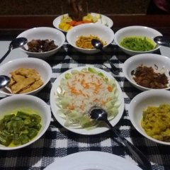 Отель Great Wall Tourist Rest Анурадхапура питание