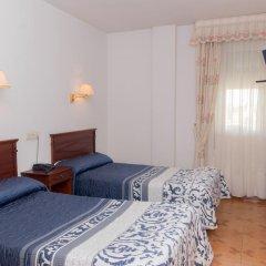Hotel Avenida III 2* Стандартный номер с 2 отдельными кроватями фото 2