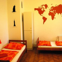Boomerang Hostel and Apartments Стандартный номер с различными типами кроватей (общая ванная комната) фото 11