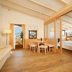 Отель und Residence Johanneshof Италия, Чермес - отзывы, цены и фото номеров - забронировать отель und Residence Johanneshof онлайн комната для гостей фото 4