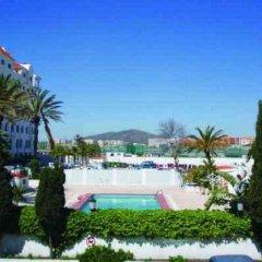 Отель Marina Bay Gibraltar бассейн