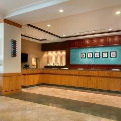 Ilikai Hotel & Luxury Suites интерьер отеля