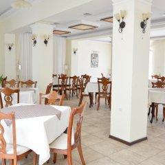Отель Bellevue Hotel Болгария, Золотые пески - 5 отзывов об отеле, цены и фото номеров - забронировать отель Bellevue Hotel онлайн питание фото 3