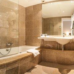 Saint James Albany Paris Hotel-Spa 4* Улучшенный номер с различными типами кроватей фото 7