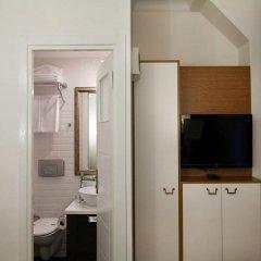 Jakaranda Hotel 3* Стандартный номер с различными типами кроватей фото 4