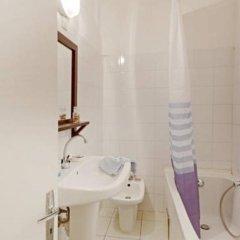 Отель Charming Nice Франция, Ницца - отзывы, цены и фото номеров - забронировать отель Charming Nice онлайн ванная