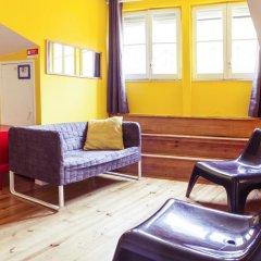Lisbon Chillout Hostel Кровать в общем номере фото 20