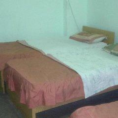 Mansour Hotel 3* Кровать в общем номере фото 3
