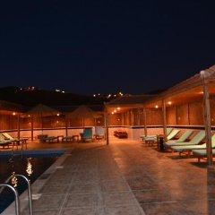 Отель Petra Moon Hotel Иордания, Вади-Муса - отзывы, цены и фото номеров - забронировать отель Petra Moon Hotel онлайн бассейн фото 2