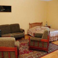 Отель Anahit Guest House Номер Делюкс с различными типами кроватей